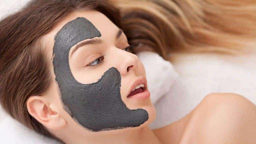 DIY Charcoal face mask for detox your face