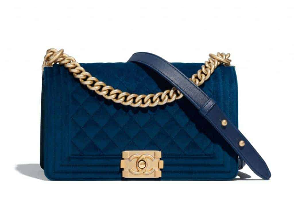 Look classy in wearing blue and gold